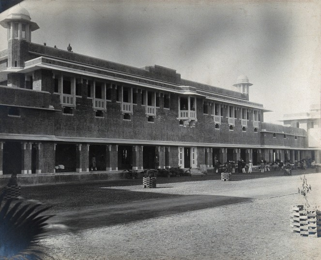Lady Hardinge Medical College and Hospital, the main building